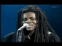 Tracy Chapman - Baby Can I hold you ( legendado) [Low, 360p].mp4